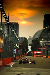 September 15, 2018 - Singapore, Singapore - Motorsports: FIA Formula One World Championship 2018, Grand Prix of Singapore, .#33 Max Verstappen (NLD, Aston Martin Red Bull Racing) (Credit Image: © Hoch Zwei via ZUMA Wire)