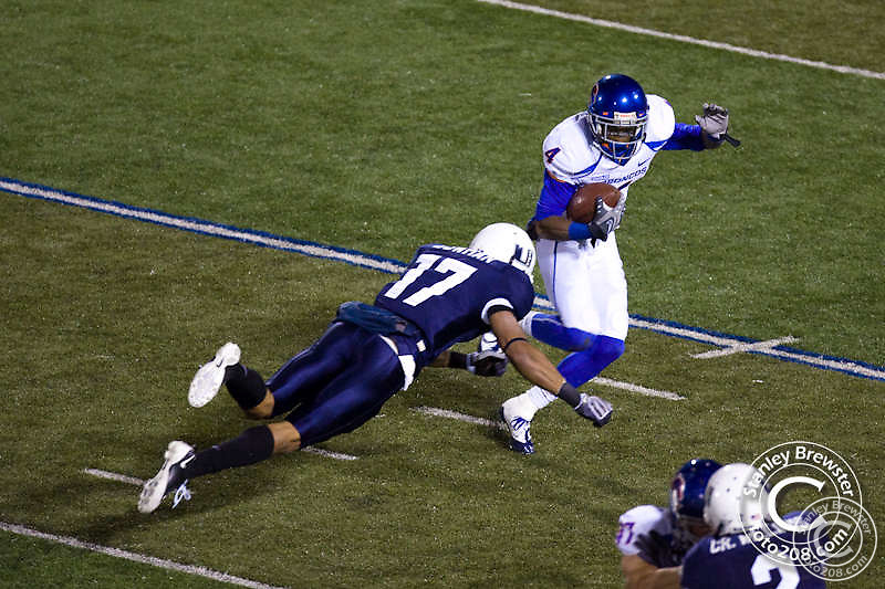 20 Nov 2009 The Boise State Bronco football team defeated the Utah State Aggies 52-21 in WAC conference play in Romney Stadium in Logan Utah.