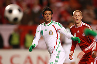 Fotball<br /> Foto: Piko Press/Digitalsport<br /> NORWAY ONLY<br /> <br /> CANADA (2) vs. MEXICO (2) in their World Cup 2010 qualifying soccer match at the Commonweatlh stadium in Canada, October 14, 2008<br /> Here the players Carlos Vela and Andre Hainault