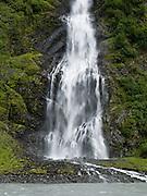 Bridal Veil Falls, along the Richardson Highway in Keystone Canyon (mileposts 14-17), in the Chugach Mountains, near Valdez, southcentral Alaska, USA.