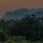 Vang Vieng Laos Sunset (Format 4 x 1)