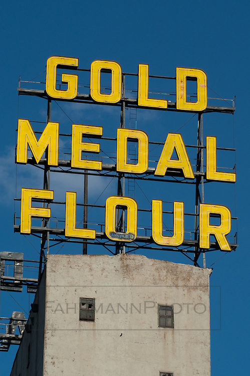 The Gold Medal Flour Silos near the Mill City Museum, new Guthrie Theater and the mighty Mississippi River