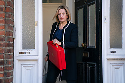 © Licensed to London News Pictures. 11/04/2019. London, UK. Secretary of State for Work and Pensions Amber Rudd leaves home this morning. Earlier this week rumours emerged of a potential leadership pact between Rudd and Boris Johnson. Last night British Prime Minister Theresa May accepted an extension to Brexit until October 31, to find an agreement for Britain's withdrawal from the European Union. Photo credit : Tom Nicholson/LNP