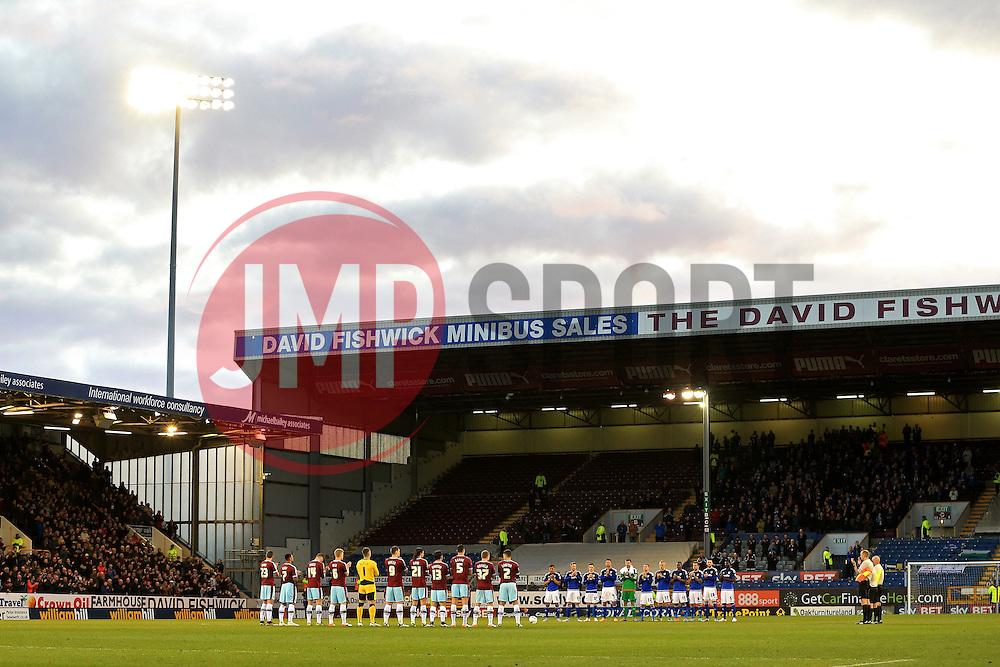 Both teams hold a minutes applause before kick off - Mandatory by-line: Matt McNulty/JMP - 05/04/2016 - FOOTBALL - Turf Moor - Burnley, England - Burnley v Cardiff City - SkyBet Championship