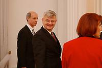 15 JAN 2003, BERLIN/GERMANY:<br /> Joschka Fischer, B90/Gruene, Bundesuassenminister, waehrend dem Neujahrsempfang des Bundespraesidenten fuer das Diplomatische Korps im Schloss Bellevue<br /> IMAGE: 20030115-02-023