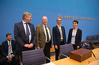 DEU, Deutschland, Germany, Berlin, 25.09.2017: V.l.n.r. Jörg Meuthen, Alexander Gauland, Alice Weidel, Frauke Petry, Alternative für Deutschland (AfD), in der Bundespressekonferenz zu den Ergebnissen der Bundestagswahlen.