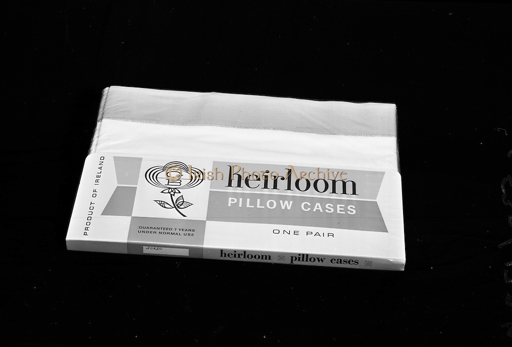 22-23/06/1965<br /> 06/22-23/1965<br /> 22-23 June 1965<br /> Winning packages for the Irish Packaging Institute. Heirloom pillow cases.
