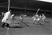 05/05/1963<br /> 5 May 1963<br /> National Hurling League Final: Tipperary v Waterford at Croke Park, Dublin.