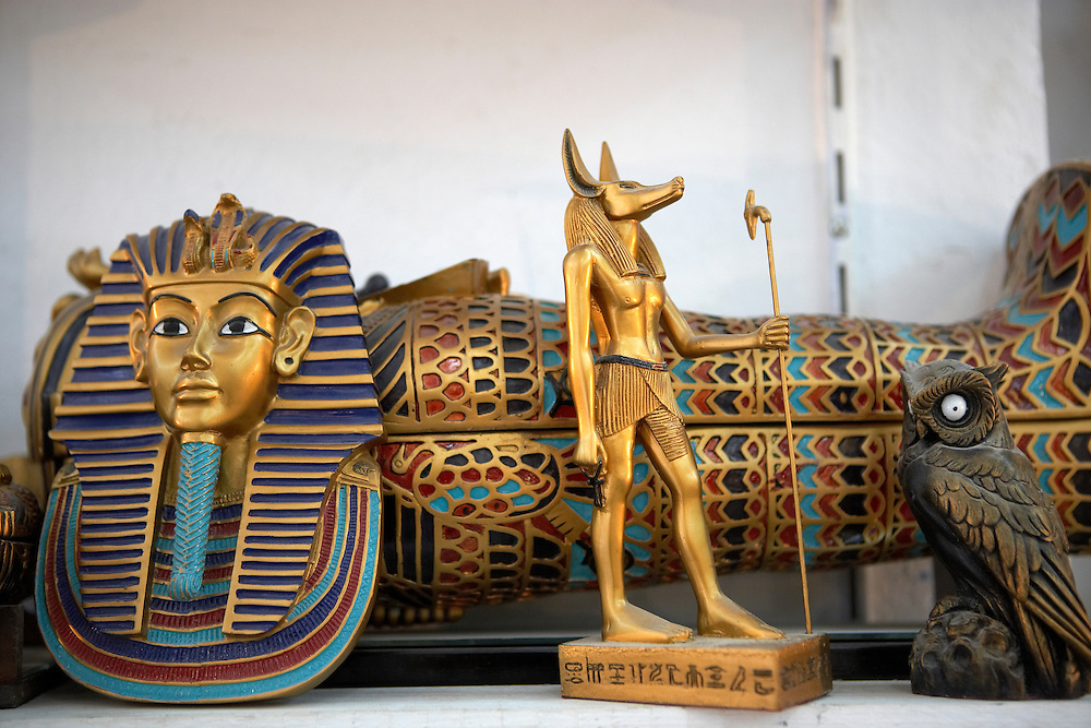 Art curios and souvenirs in shop.West Bank of Nile.Thebes, Egypt