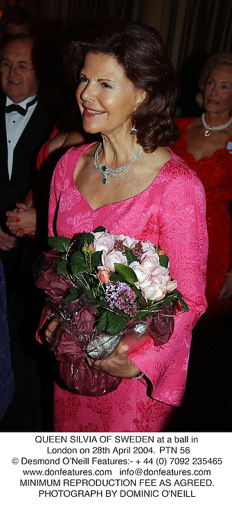 QUEEN SILVIA OF SWEDEN at a ball in London on 28th April 2004.PTN 56