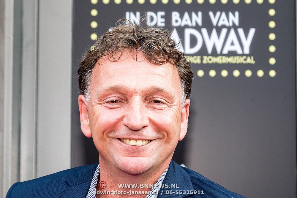 NLD/Amsterdam/20150604 - Premiere In de Ban van Broadway, Dick Cohen