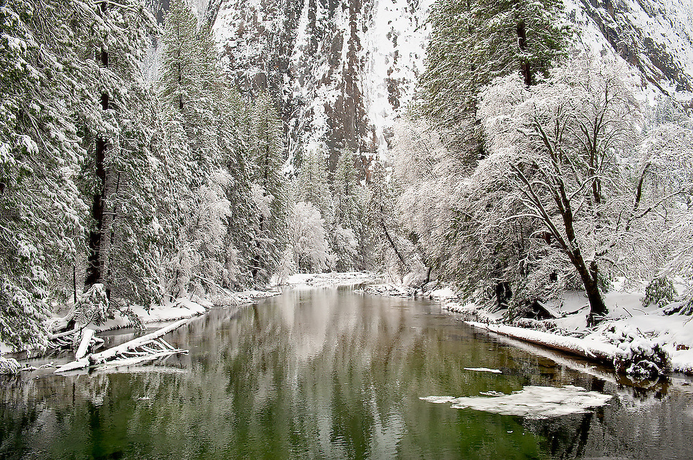 The quiet peace of winter is just as alluring as the<br /> vibrance of spring and autumn. This is a time for silent<br /> reflection even as nature appears to have gone on a<br /> temporary pause.<br /> STILLNESS OF WINTER was made at Yosemite National Park<br /> in California.