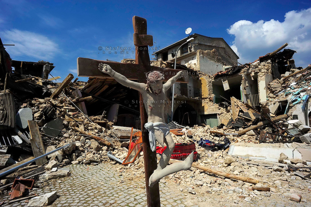 L'Aquila 10 Aprile 2009.Onna, a small town some 10 kilometers from L'Aquila, epicentre of an earthquake.The Christ of Onna.