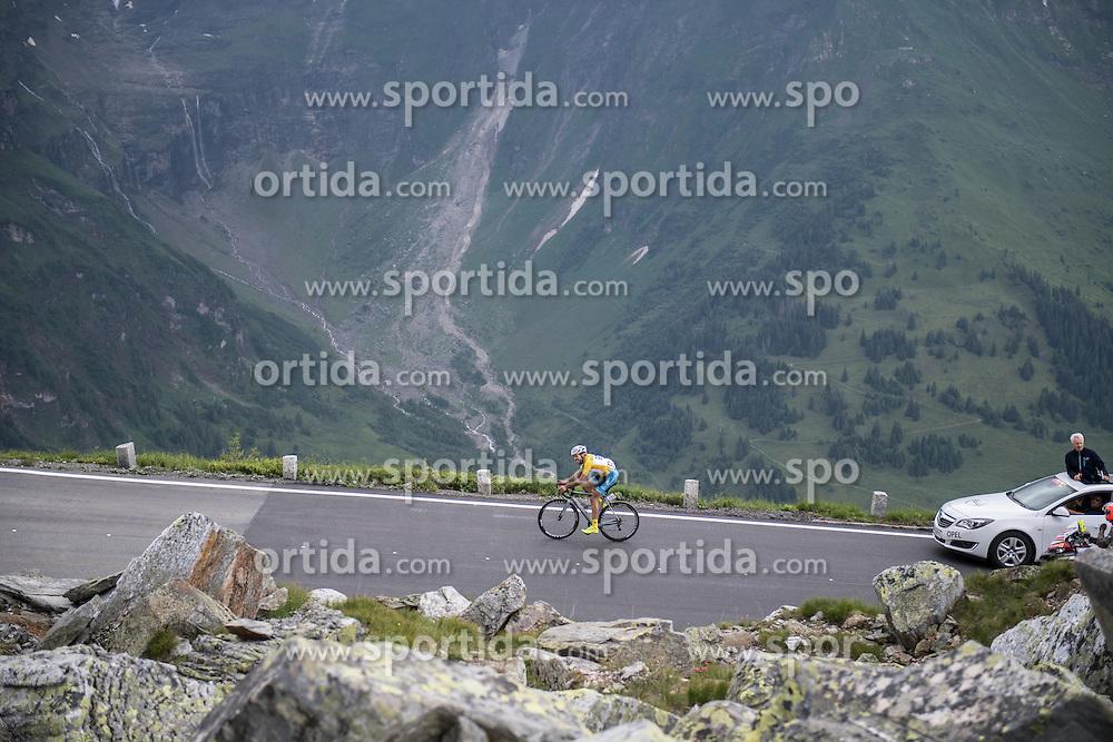06.07.2016, Heiligenblut, AUT, Ö-Tour, Österreich Radrundfahrt, 4. Etappe, Rottenmann zur Edelweissspitze, im Bild Markus Eibegger (AUT, Team Felbermayr Simplon Wels) // Markus Eibegger (AUT, Team Felbermayr Simplon Wels) during the Tour of Austria, 4th Stage from Rottenmann to Edelweissspitze. Heiligenblut, Austria on 2016/07/06. EXPA Pictures © 2016, PhotoCredit: EXPA/ Reinhard Eisenbauer