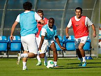 Fotball<br /> Treningsleir FC Anzhi Makhachkala<br /> Irdning Østerrike<br /> 02.07.2013<br /> Foto: Gepa/Digitalsport<br /> NORWAY ONLY<br /> <br /> Premjer-Liga, Anschi Machatschkala, IFCS Trainingslager. <br /> <br /> Bild zeigt Lassana Diara und Odil Ahmedov (Machatschkala).
