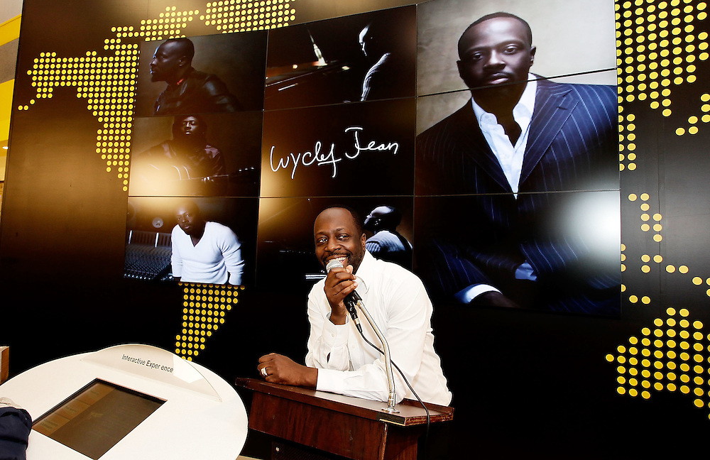 """NEW YORK - MAY 01:  Musician Wyclef Jean attends the Western Union """"Returns the Love"""" to Mothers meet and greet at 1440 Broadway on May 1, 2010 in New York City.  (Photo by Joe Kohen/WireImage for Western Union)"""