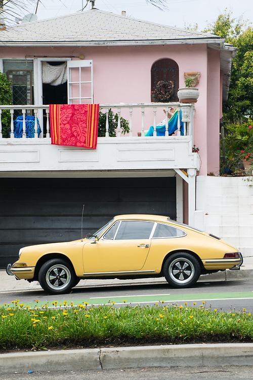 A 911 outside a beach house at the Santa Monica Beach, 5.27.17 CA.