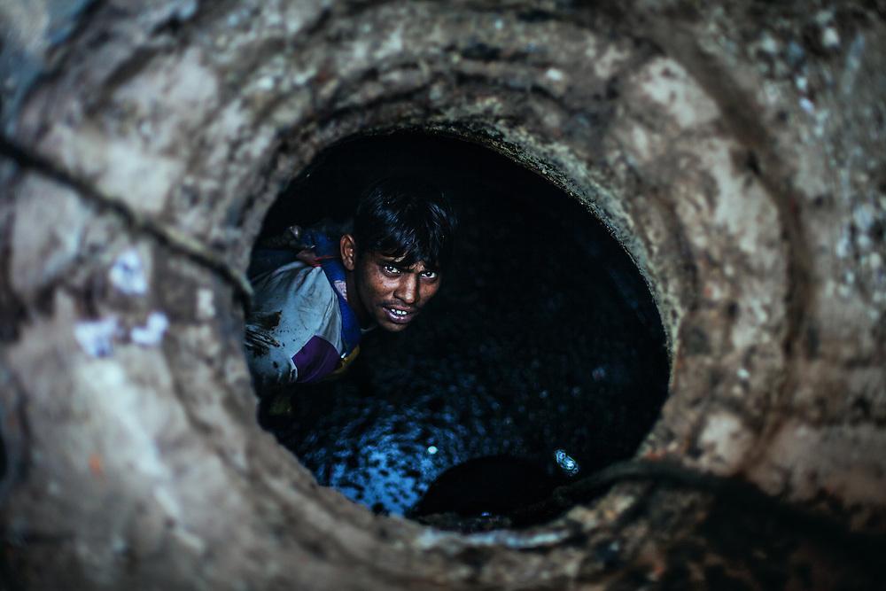 Delhi drain cleaner in Paharganj