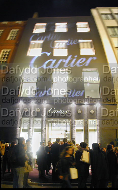 Cartier party. 1 November 2000. © Copyright Photograph by Dafydd Jones 66 Stockwell Park Rd. London SW9 0DA Tel 020 7733 0108 www.dafjones.com