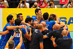 17.09.2011, Stadthalle, Wien, AUT, CEV, Europaeische Volleyball Meisterschaft 2011, Halbfinale, Italien vs Polen, im Bild Jubel Italien // during the european Volleyball Championship Semi Final Italy vs Poland, at Stadthalle, Vienna, 2011-09-17, EXPA Pictures © 2011, PhotoCredit: EXPA/ M. Gruber