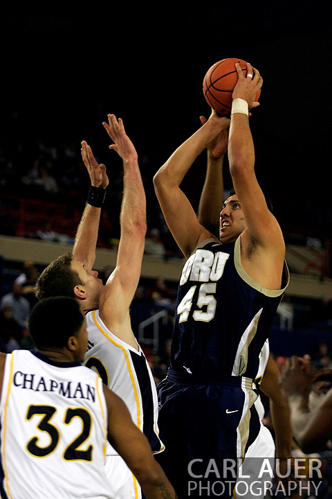 25 November 2005:.Marquette University 73-70 victory over Oral Roberts University at the Great Alaska Shootout in Anchorage, Alaska