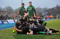 David Strettle of Saracens is congratulated after scoring his second try of the match - Photo mandatory by-line: Patrick Khachfe/JMP - Mobile: 07966 386802 03/01/2015 - SPORT - RUGBY UNION - London - Allianz Park - Saracens v London Irish - Aviva Premiership