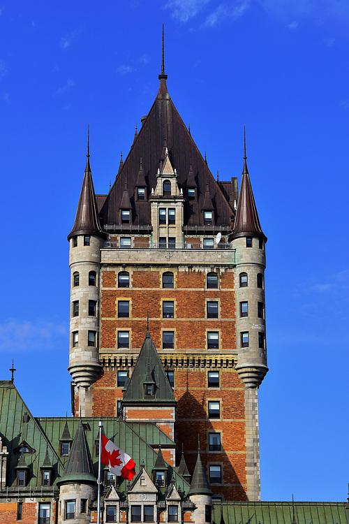 Castle of Frontenac. Château de Frontenac.