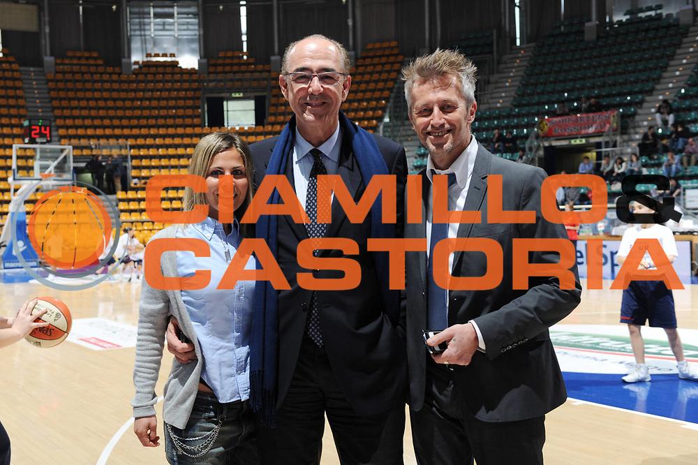 DESCRIZIONE : Bologna Lega A2 Femminile 2011-12 Coppa Italia Final4 Tagliatella Cup Finale Sogeit La Spezia Meccanica Nova Bologna <br /> GIOCATORE : Francesca Martillotti Mario Ghiacci Giorgio Pomponi LBF<br /> CATEGORIA : curiosita<br /> SQUADRA : <br /> EVENTO : Campionato Lega A1 Femminile 2011-2012 <br /> GARA : Sogeit La Spezia Meccanica Nova Bologna<br /> DATA : 05/04/2012 <br /> SPORT : Pallacanestro <br /> AUTORE : Agenzia Ciamillo-Castoria/M.Marchi<br /> Galleria : Lega Basket Femminile 2011-2012 <br /> Fotonotizia : Bologna Lega A2 Femminile 2011-12 Coppa Italia Final4 Tagliatella Cup Finale Sogeit La Spezia Meccanica Nova Bologna <br /> Predefinita :