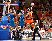 DESCRIZIONE : Ligue France Pro A  Le Mans Roanne Play Off 1/2 Finale Belle<br /> GIOCATORE : Spencer Dee Arbitre<br /> SQUADRA : Le Mans<br /> EVENTO : FRANCE Ligue  Pro A 2009-2010<br /> GARA : Le Mans Roanne<br /> DATA : 04/06/2010<br /> CATEGORIA : Basketball Pro A Action<br /> SPORT : Basketball<br /> AUTORE : JF Molliere par Agenzia Ciamillo-Castoria <br /> Galleria : France Ligue Pro A 2009-2010 <br /> Fotonotizia : Ligue France Pro A  Le Mans Paris Roanne Play Off 1/2 Finale Belle<br /> Predefinita :
