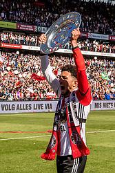 14-05-2017 NED: Kampioenswedstrijd Feyenoord - Heracles Almelo, Rotterdam<br /> In een uitverkochte Kuip pakt Feyenoord met een 3-1 overwinning het landskampioenschap / Bilal Basacıkoglu #14
