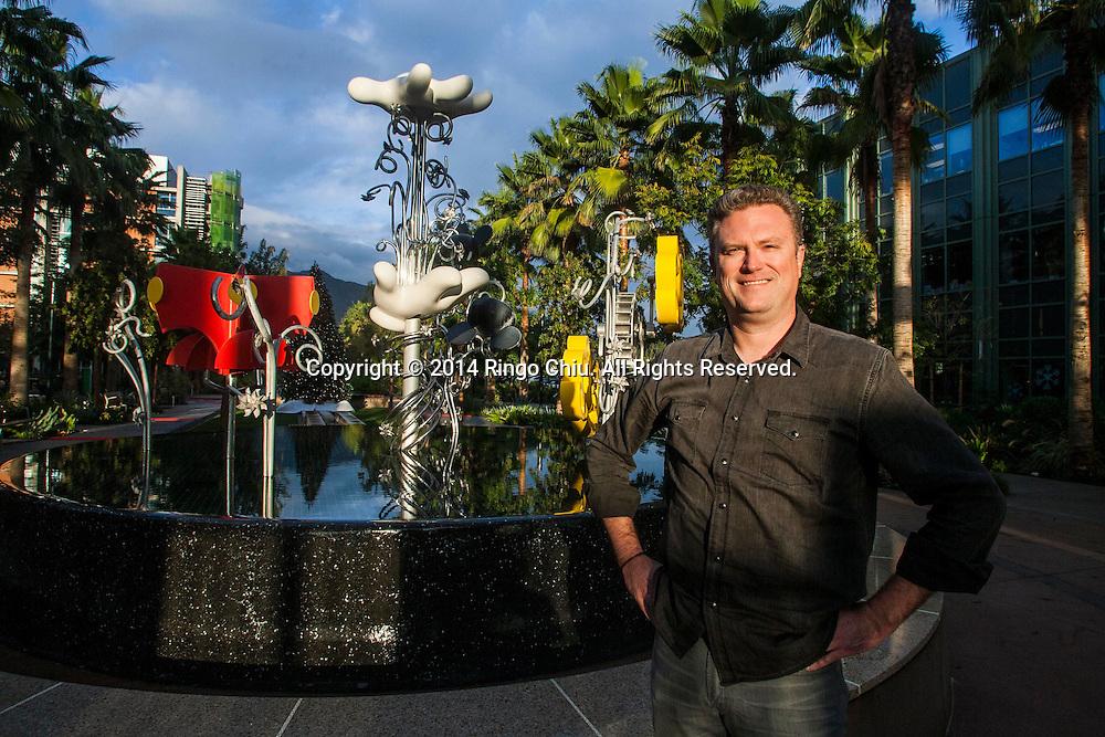 "Scott Humphries, lead designer of the ""Frozen"" mobile game in Disney Studios. Photo by Ringo Chiu/PHOTOFORMULA.com)"