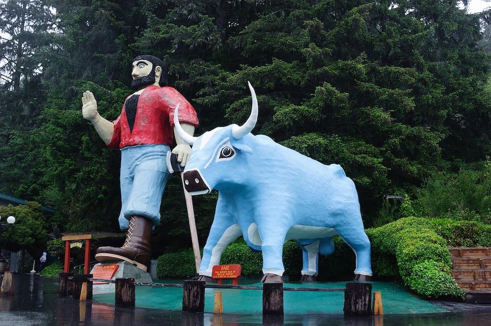 Paul Bunyan and the big Blue Ox, Trees of Mystery, False Klamath, CA