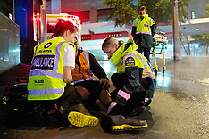Auckland-A driver fleeing police results  in three injured