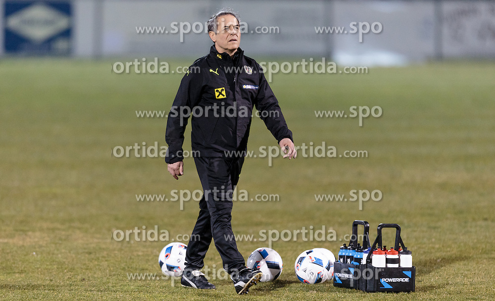 21.03.2016, Sportzentrum, Stegersbach, AUT, OeFB Training, im Bild Trainer Marcel Koller (AUT) // Coach Marcel Koller (AUT) during a Trainingssession of Austrian National Footballteam at the Sportcenter in Stegersbach, Austria on 2016/03/26. EXPA Pictures © 2016, PhotoCredit: EXPA/ JFK