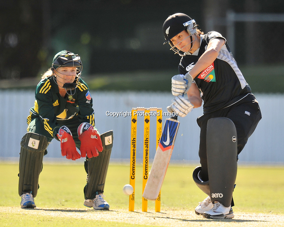 Sara McGlashan plays forward firmly during action in Game 6 (ODI) of the Rose Bowl Trophy Cricket played between Australia and New Zealand at Alan Border Field in Brisbane (Australia) ~ Monday 14May 2011 ~ Photo : Steven Hight (AURA Images) / Photosport