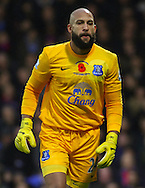Picture by David Horn/Focus Images Ltd +44 7545 970036<br /> 09/11/2013<br /> Tim Howard of Everton wearing a poppy embroidered shirt to commemorate Remembrance Day during the Barclays Premier League match at Selhurst Park, London.