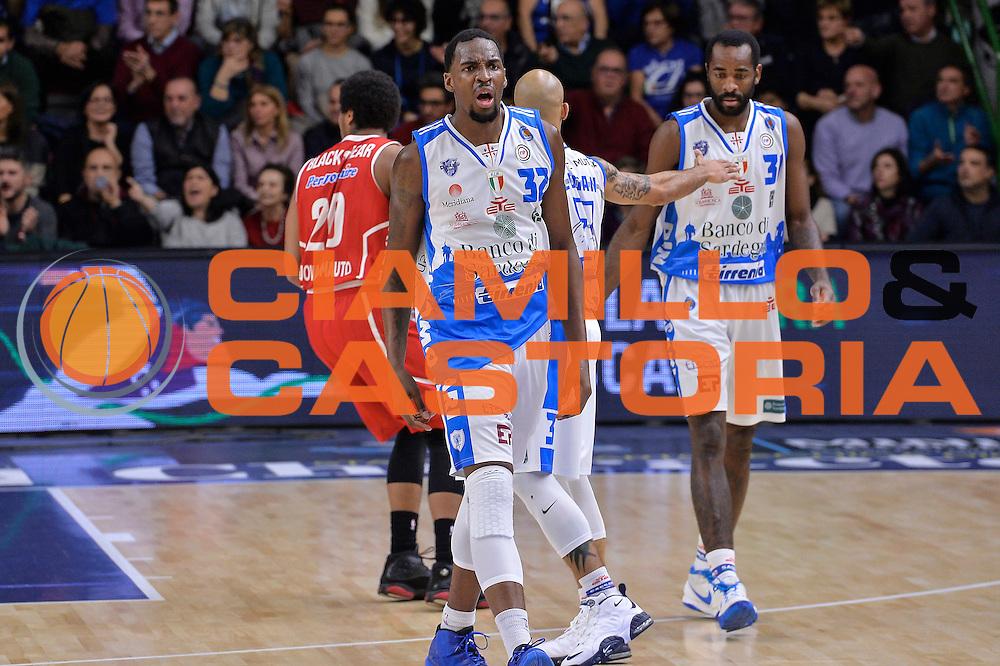 DESCRIZIONE : Sassari LegaBasket Serie A 2015-2016 Dinamo Banco di Sardegna Sassari - Giorgio Tesi Group Pistoia<br /> GIOCATORE : Jarvis Varnado<br /> CATEGORIA : Ritratto Esultanza<br /> SQUADRA : Dinamo Banco di Sardegna Sassari<br /> EVENTO : LegaBasket Serie A 2015-2016<br /> GARA : Dinamo Banco di Sardegna Sassari - Giorgio Tesi Group Pistoia<br /> DATA : 27/12/2015<br /> SPORT : Pallacanestro<br /> AUTORE : Agenzia Ciamillo-Castoria/L.Canu