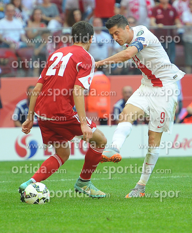 13.06.2015, Nationalstadion, Warschau, POL, UEFA Euro 2016 Qualifikation, Polen vs Greorgien, Gruppe D, im Bild ROBERT LEWANDOWSKI // during the UEFA EURO 2016 qualifier group D match between Poland and Greorgia at the Nationalstadion in Warschau, Poland on 2015/06/13. EXPA Pictures &copy; 2015, PhotoCredit: EXPA/ Newspix/ MAREK BICZYK<br /> <br /> *****ATTENTION - for AUT, SLO, CRO, SRB, BIH, MAZ, TUR, SUI, SWE only*****