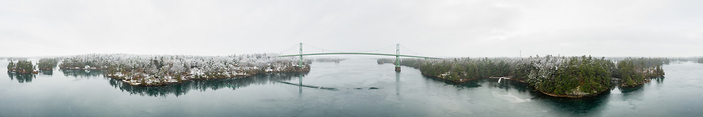 https://Duncan.co/thousand-islands-bridge-panorama