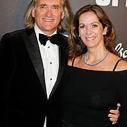 NLD/Amsterdam/20111029- JFK Greatest Man Award 2011, Frans de Vlieger en partner Annemarie van Gaal