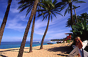 Sunset Beach, North Shore, Oahu, Hawaii, (editorial use only, no model release)<br />