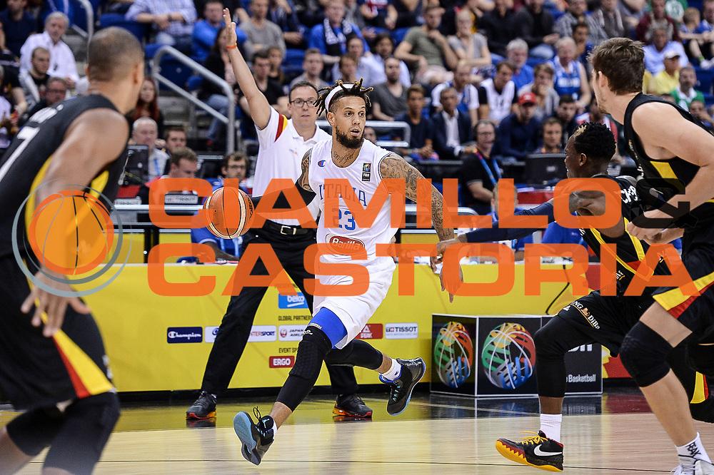 DESCRIZIONE : Berlino Berlin Eurobasket 2015 Group B Germany Germania - Italia Italy<br /> GIOCATORE : Daniel Hackett<br /> CATEGORIA : Palleggio<br /> SQUADRA : Italia Italy<br /> EVENTO : Eurobasket 2015 Group B<br /> GARA : Germany Italy - Germania Italia<br /> DATA : 09/09/2015<br /> SPORT : Pallacanestro<br /> AUTORE : Agenzia Ciamillo-Castoria/M.Longo