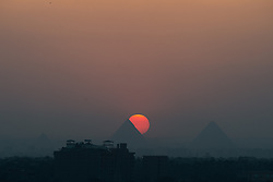 Photo taken on April 12, 2016 shows the Giza Pyramids at sunset, Cairo, Egypt. EXPA Pictures © 2016, PhotoCredit: EXPA/ Photoshot/ Meng Tao<br /> <br /> *****ATTENTION - for AUT, SLO, CRO, SRB, BIH, MAZ, SUI only*****