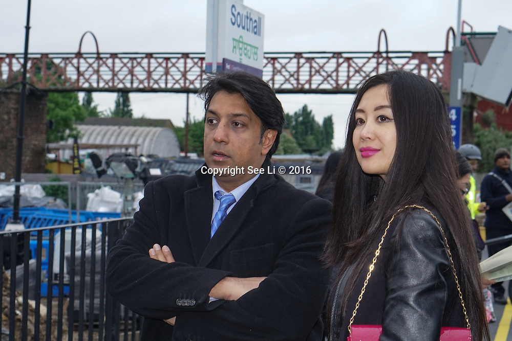 London,England,UK : Dr Shamender Talwar is a founder of the Unity of Faiths Foundation organise TUFF England kids vs Europe Kids not in a Warzone but on a football pitch on Wednesday 1st June. Using football to pervent young people becomes extremism at St Pancras with a brunch of kids saw Jeremy Corbyn see off the kids taking Euro Star to Brussels, London. Photo by See Li