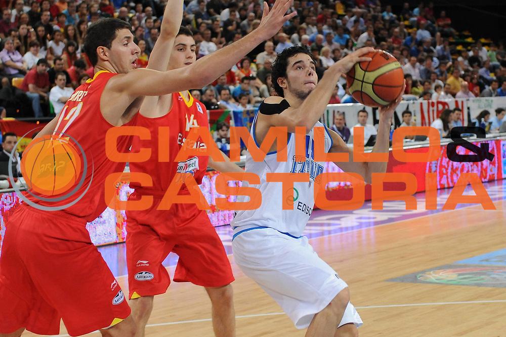 DESCRIZIONE : Bilbao Spain U20 European Championship Men Qualifying Round Italy Spain Italia Spagna <br /> GIOCATORE : Michele Vitali<br /> SQUADRA : Nazionale Italiana Uomini U20<br /> EVENTO : Bilbao Spain U20 European Championship Men Qualifying Round Italy Spain Europeo Maschile Under 20 Qualificazioni Italia Spagna<br /> GARA : Italy Spain Italia Spagna<br /> DATA : 20/07/2011<br /> CATEGORIA : tiro<br /> SPORT : Pallacanestro <br /> AUTORE : Agenzia Ciamillo-Castoria/M.Marchi<br /> Galleria : Europeo Under 20 Maschile 2011<br /> Fotonotizia : Bilbao Spain U20 European Championship Men Qualifying Round Italy Spain Italia Spagna<br /> Predefinita :
