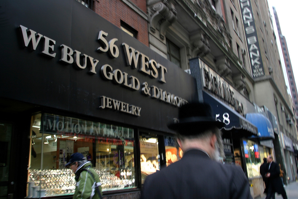 An  orthodox Jew walking in the diamond district in Manhattan on 47th Street and Fifth Ave. on Thursday, February 2, 2007.....