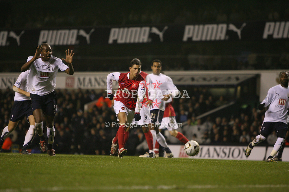 London, England - Wednesday, January 24, 2007: Arsenal's Jeremie Aliadiere against Tottenham Hotspur during the League Cup Semi-Final 1st Leg at White Hart Lane. (Pic by Chris Ratcliffe/Propaganda)