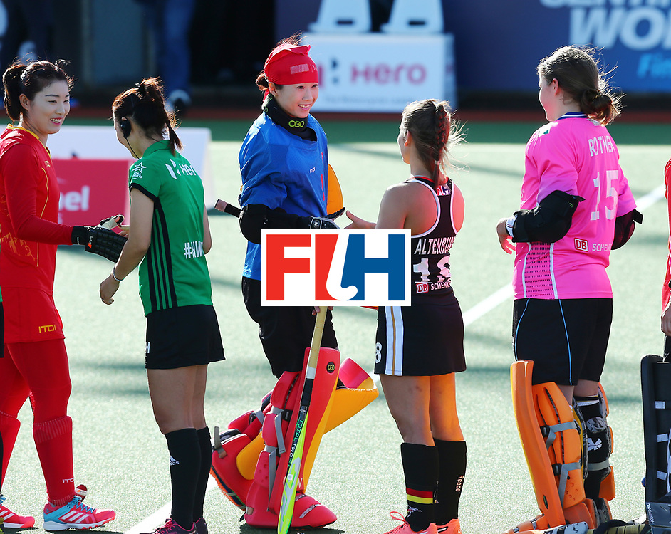 New Zealand, Auckland - 19/11/17  <br /> Sentinel Homes Women&rsquo;s Hockey World League Final<br /> Harbour Hockey Stadium<br /> Copyrigth: Worldsportpics, Rodrigo Jaramillo<br /> Match ID: 10297 - GER vs CHI<br /> Photo: (1) LI Dongxiao&nbsp;(GK) (C) and (18) ALTENBURG Lisa (C)
