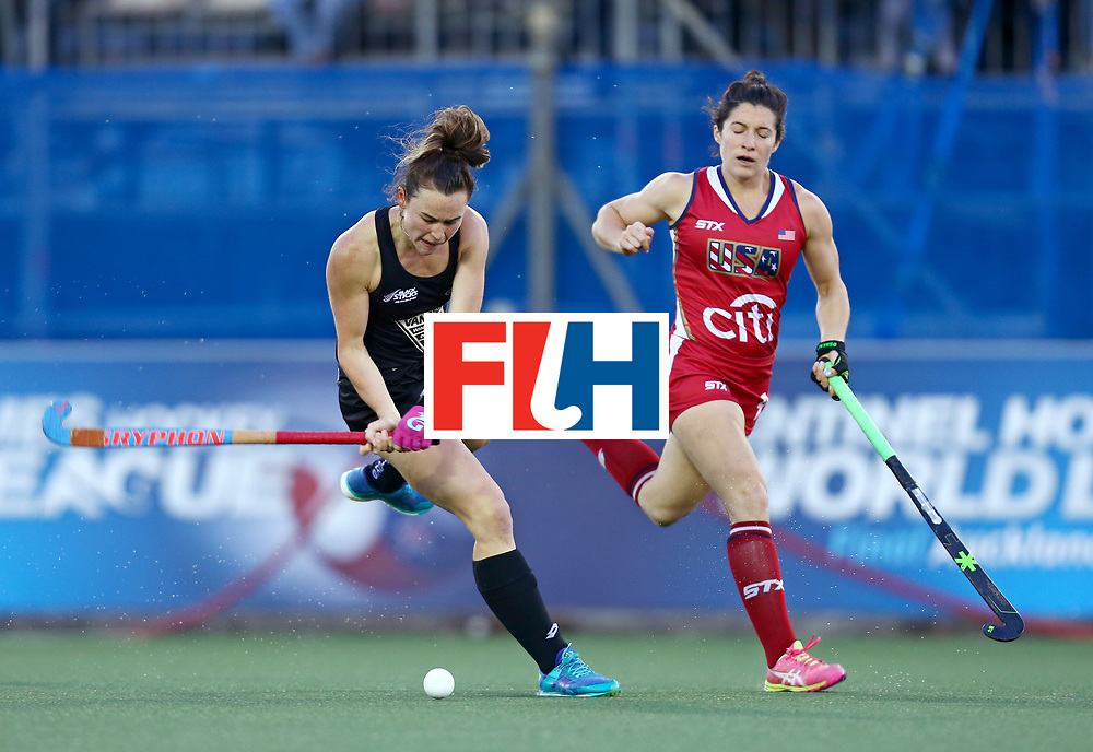 New Zealand, Auckland - 20/11/17  <br /> Sentinel Homes Women&rsquo;s Hockey World League Final<br /> Harbour Hockey Stadium<br /> Copyrigth: Worldsportpics, Rodrigo Jaramillo<br /> Match ID: 10300 - NZL vs USA<br /> Photo: (25) SMITH Kelsey against