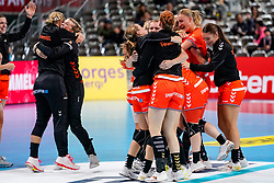 06-12-2019 JAP: Norway - Netherlands, Kumamoto<br /> Last match groep A at 24th IHF Women's Handball World Championship. / The Dutch handball players won in an exciting game of fear gegner Norway and wrote in the last group match at the World Handball  World Championship history (30-28). / Team Netherlands celebrate, Kelly Dulfer #18 of Netherlands, Larissa Nüsser #9 of Netherlands